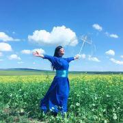 蒙古族歌手格格