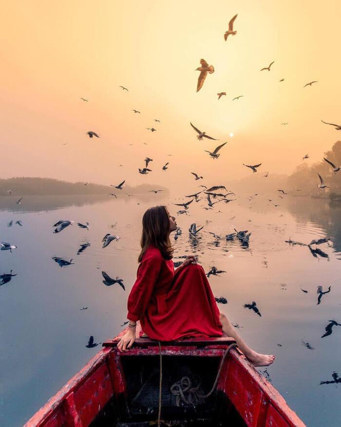 早安心语简单的话:不要让别人的风吹草动,变成你的波澜壮阔