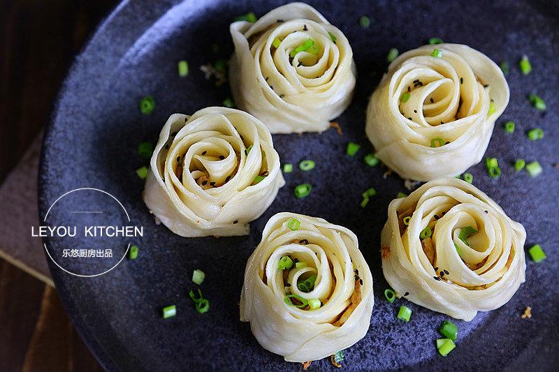 520餐桌上的告白,两种可以吃的玫瑰花,不一样的惊喜