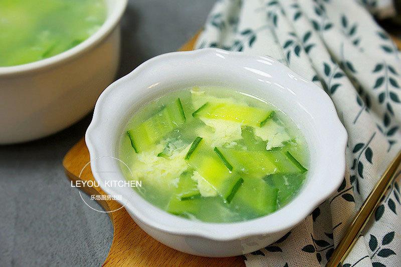 伏天喝这道汤,成本2块钱,10分钟做好,清爽又解暑,全家爱喝