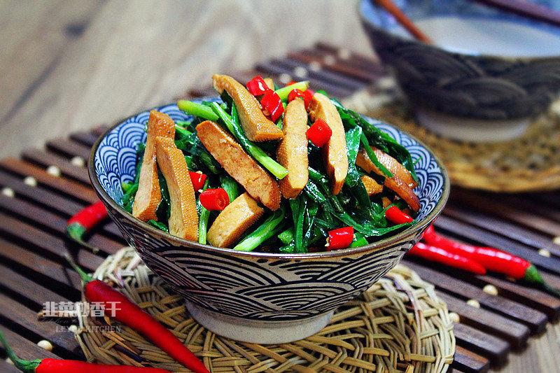 初春韭菜正香,6种做法,清肠刮油,春节胖三斤后吃最适合