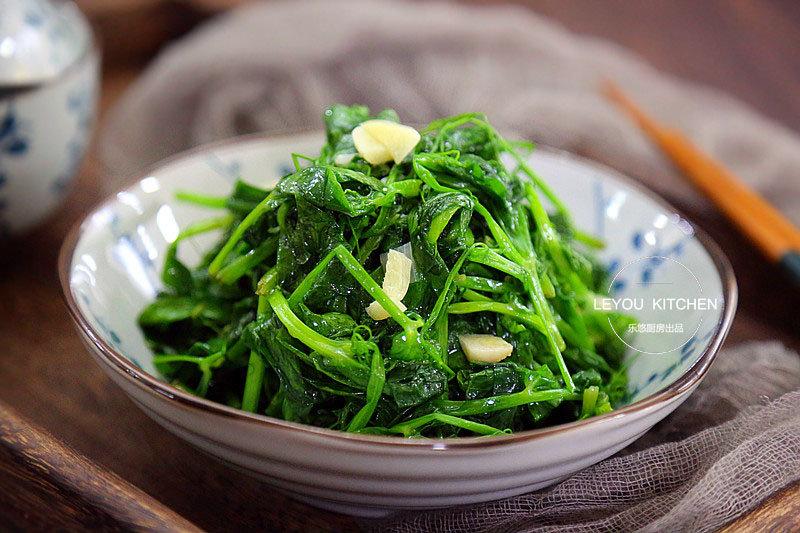 天热易上火,分享10道绿色快手菜,每顿饭做一盘,清解下火助消化