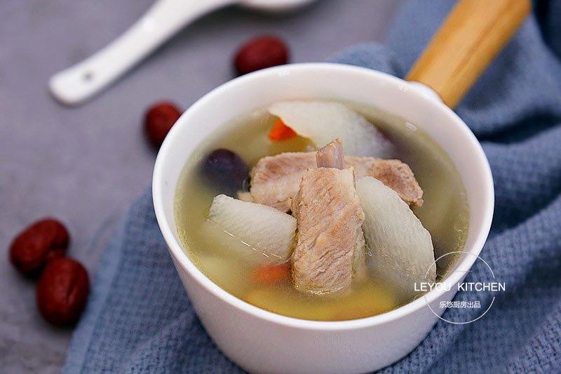 最近多喝这道汤,防燥养胃,好处很多,电饭锅就能炖,特别省事