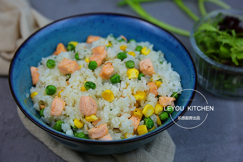 解决剩米饭最实用的办法,8种早餐炒饭,一次学会
