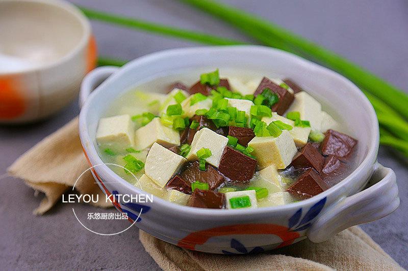 豆腐和这个一起炒,补血养颜,很适合女性朋友来吃