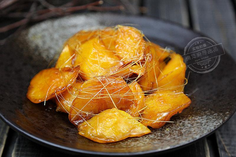 这样做拔丝红薯不黑、不苦、拉丝完美