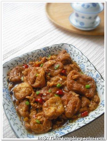 香辣肉末油豆腐:餐桌上只要天天有辣椒,就会辣得欢