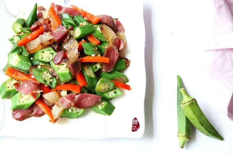 秋葵炒腊肉:秋风起,腊肉香