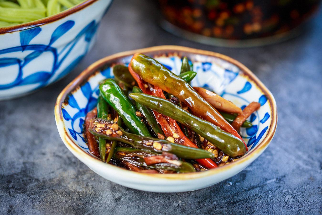 一斤辣椒、半斤酱油、辣椒这样腌不够抢,比吃肉还下饭!