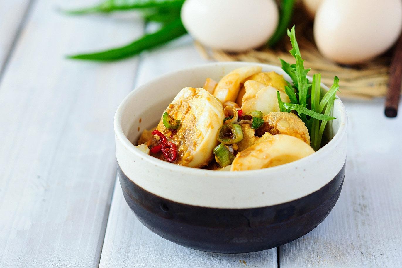 凉拌土鸡蛋:小城最有味道的早餐家常菜
