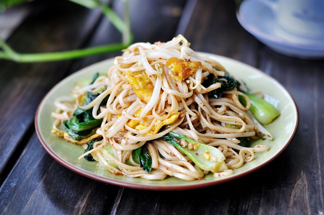 蔬菜炒面香喷喷,当菜又当饭,干面条也能做