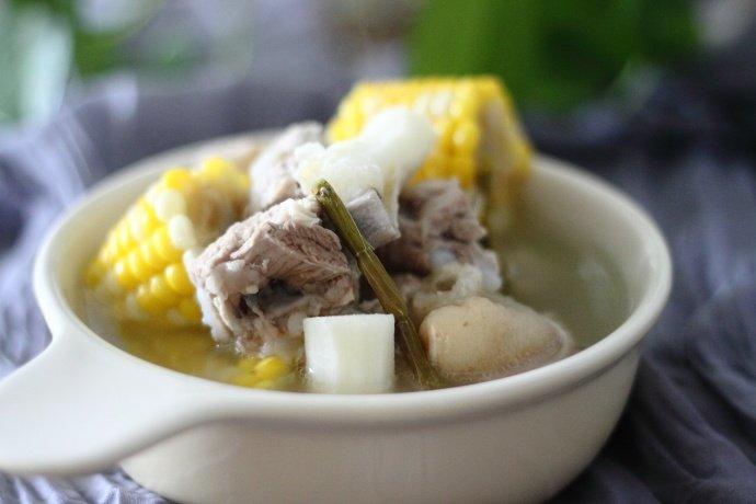 【相聚】轻松煲一锅清淡无油腻的补脾养胃汤
