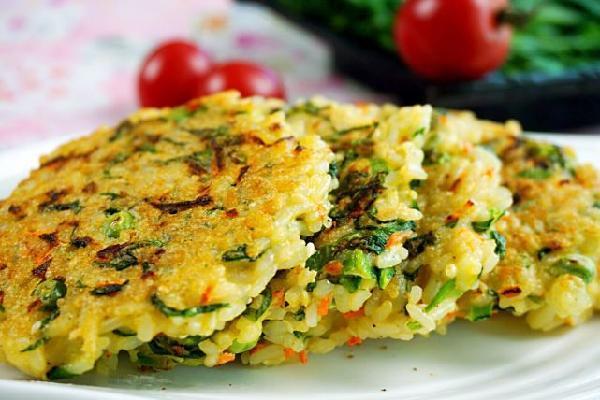 一根莴苣,解决一家人的早餐,主食、拌菜都齐备