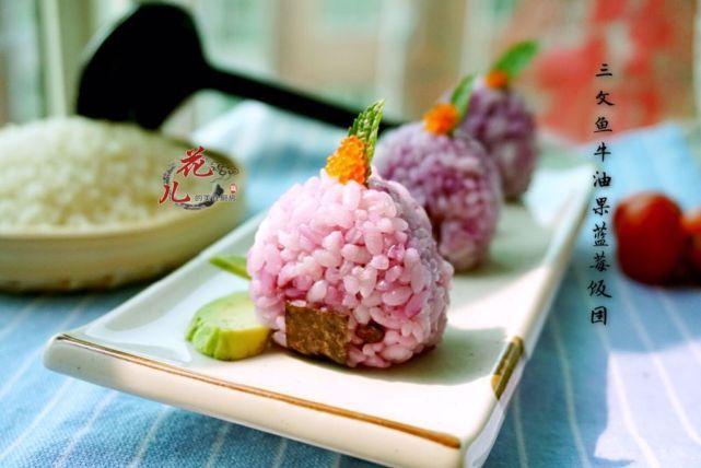 万万米想到,凉透的米饭拿上桌,评委给高分还吃光