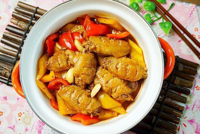 三汁焖锅,就靠这独门调味汁,收藏了能做多道菜,一个秋天不重样