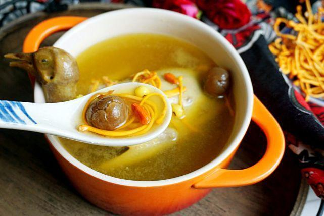 冬季这款汤水美容效果最明显,喝一碗顶十张面膜,皮肤想水润就喝它