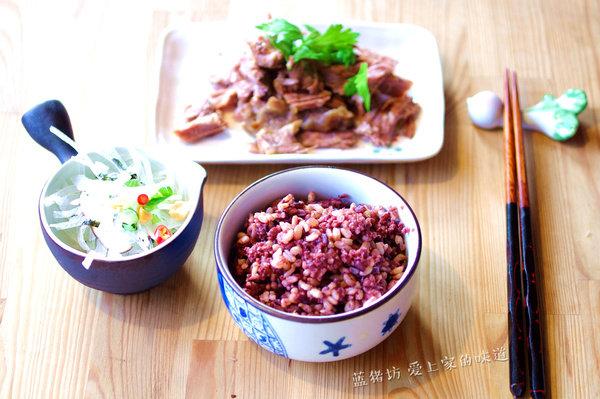 跑步后吃什么?清肠小米黑米糙米饭