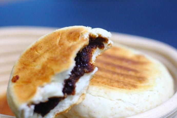 北方人最爱吃的红糖发面饼,这样做外脆里酥,甜而不腻,还不漏糖