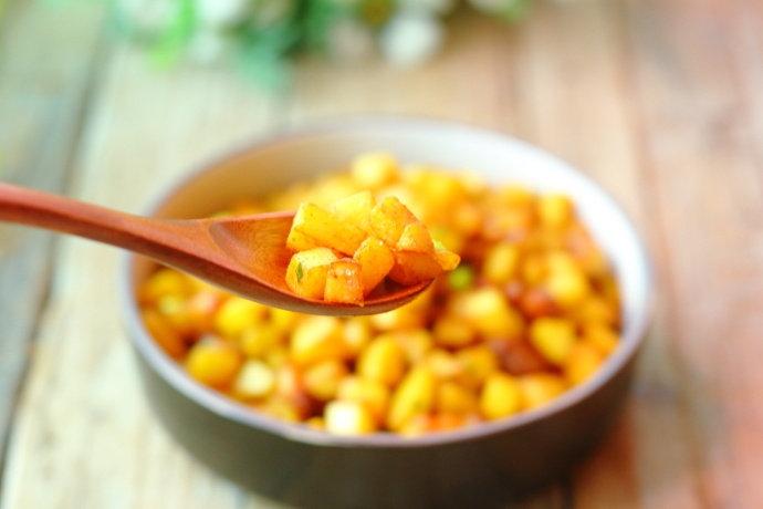 土豆这样做,比肉还香,外脆里嫩,有了它连米饭都省了