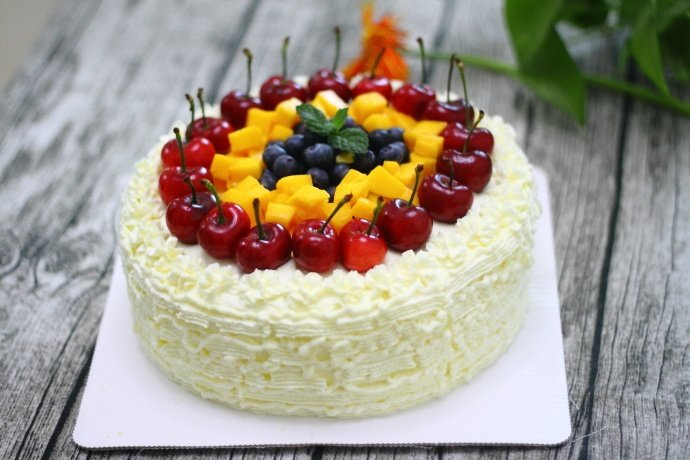学会这款蛋糕的做法,家人过生日就再也不用去外面买了
