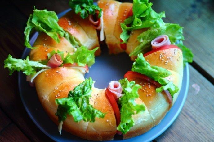 此款面包做法超简单,放到第二天口感依然柔软,外出带上又漂亮又好吃