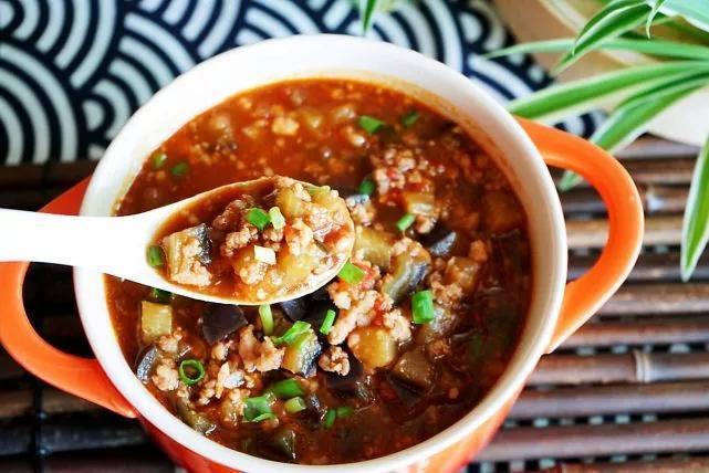 这款茄丁卤,拌香了米饭、配的了凉面,夏季吃它,多热胃口都打开
