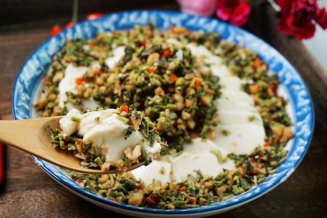 这盘小凉菜,煎炒烹炸它全搭,天再热3分钟它上桌,立马打开胃口