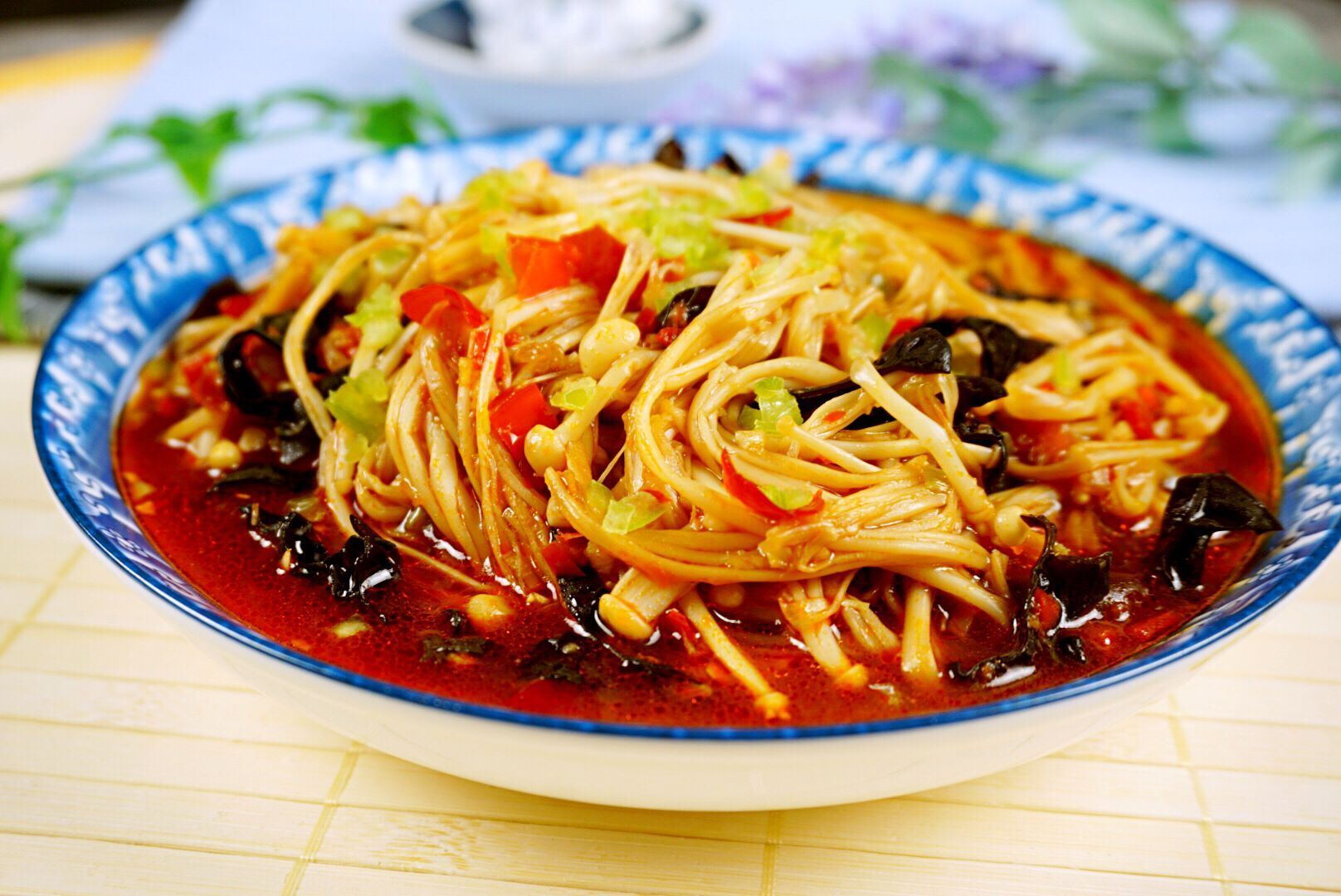 这道菜上桌,饭遭殃,菜抢光,鱼香味的菜真不一般
