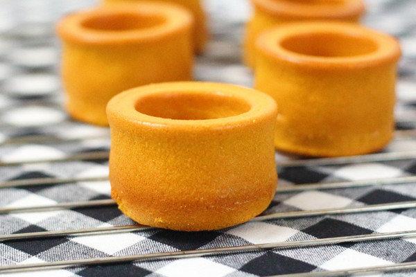 简简单单的海棉蛋糕也能玩出新奇的创意