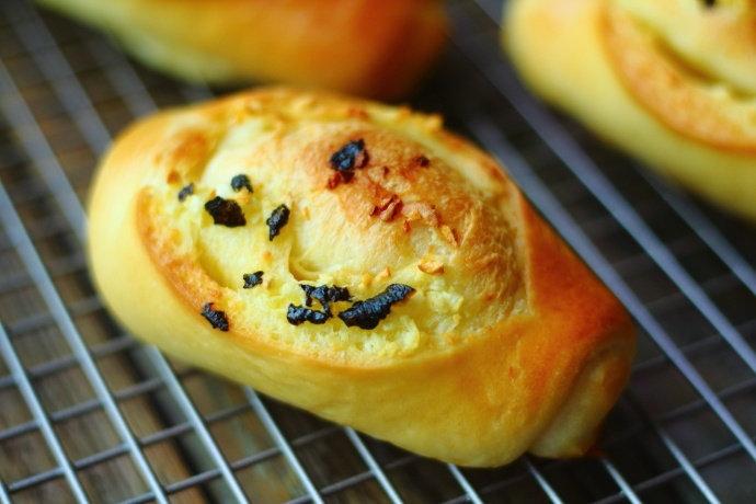 自己做的面包又香又软,无香精和添加剂,适合给全家人当早餐!