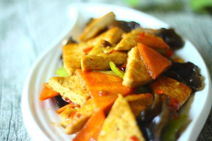 豆腐的吃法千变万化,最爱的还是这种平民家常豆腐