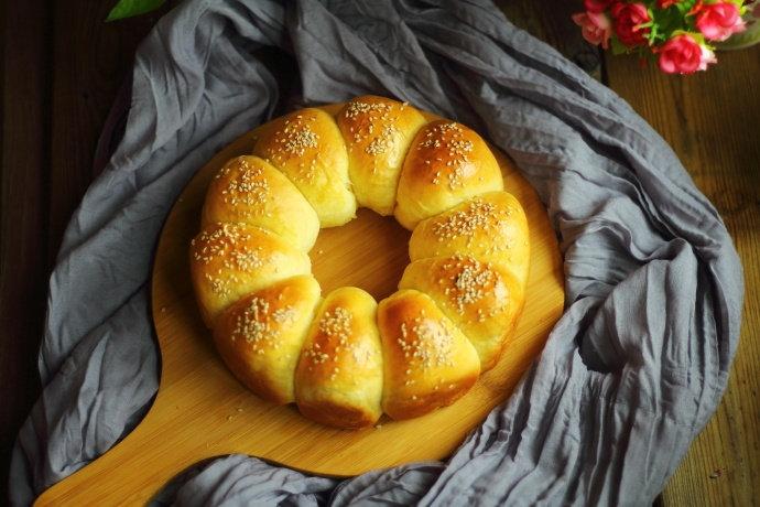 这样做的小面包不仅颜值好,味道更没得说,当早餐或下午茶都很赞