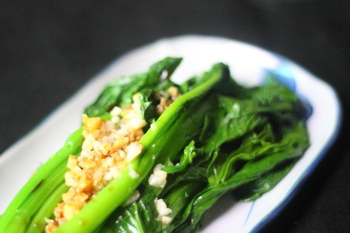 青菜换个做法,比爆炒的更好吃,炎热天就爱这么做