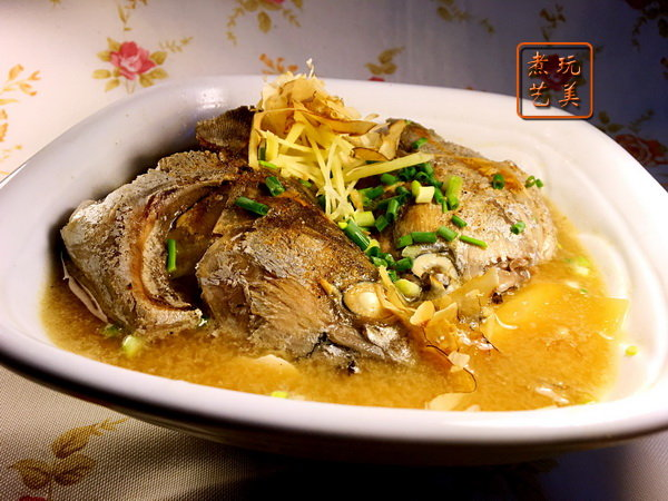 [爱秀食堂]蓝瘦 香菇就来吃味噌鲣鱼头汤