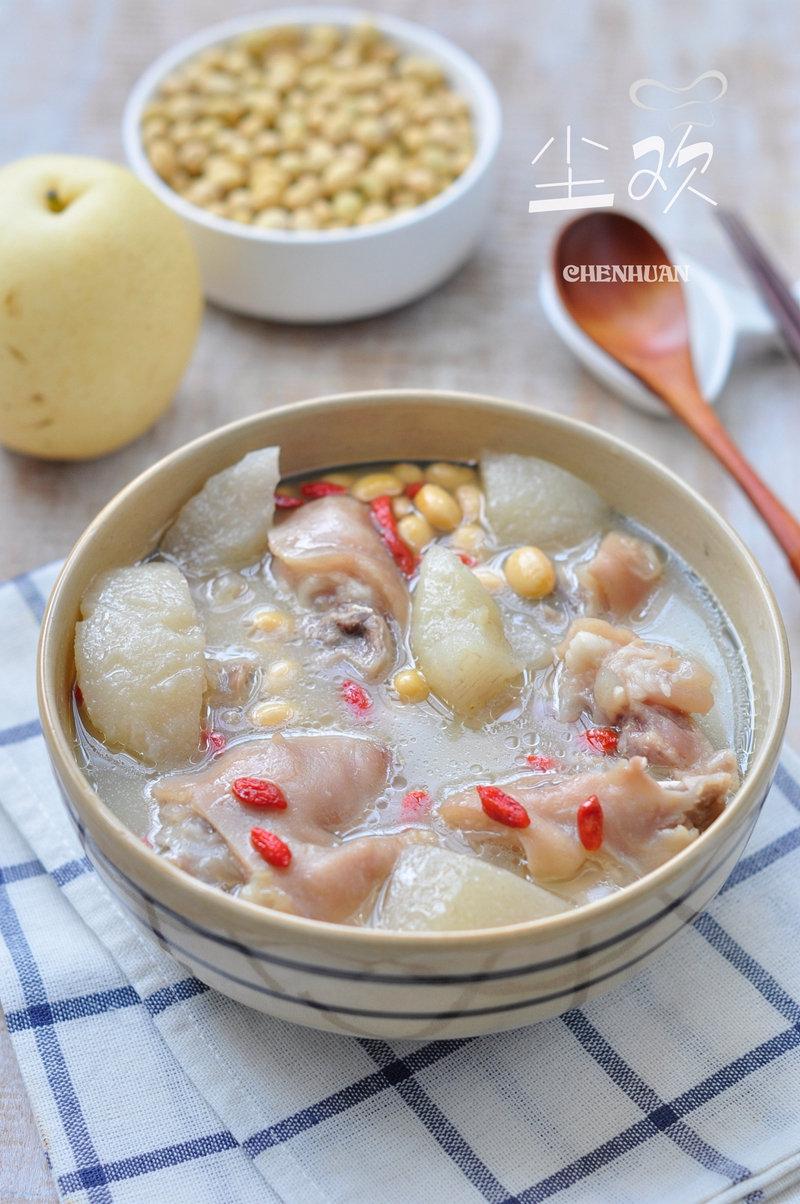 加这种水果和猪脚同炖,炖出的汤有淡淡果香,喝出美白通透好皮肤