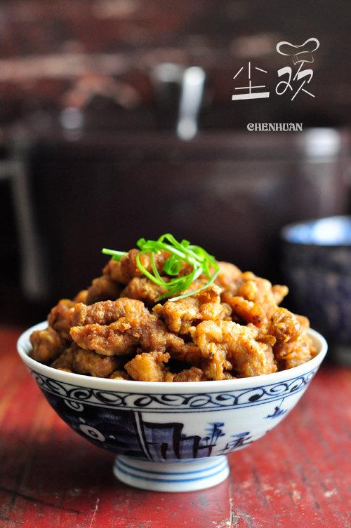 外酥里嫩的传统美食—–炸酥肉