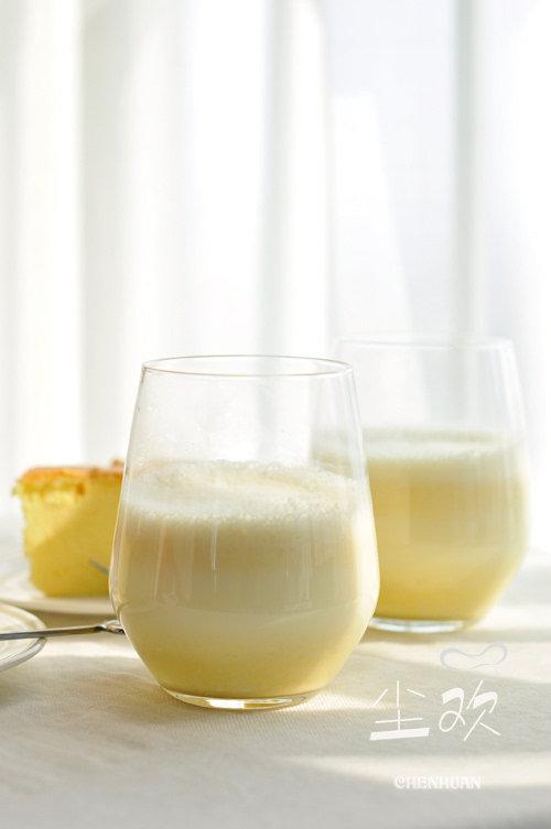 浓醇香甜的饮品——-奶香玉米汁