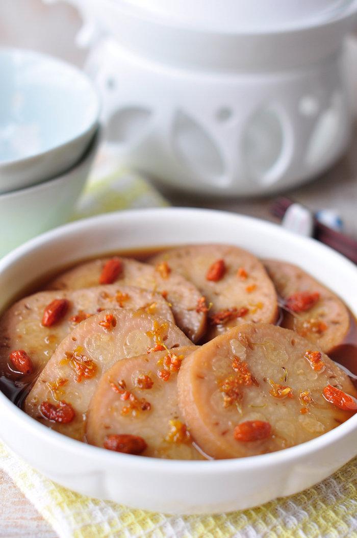 用莲藕做软糯香甜的中式小甜品