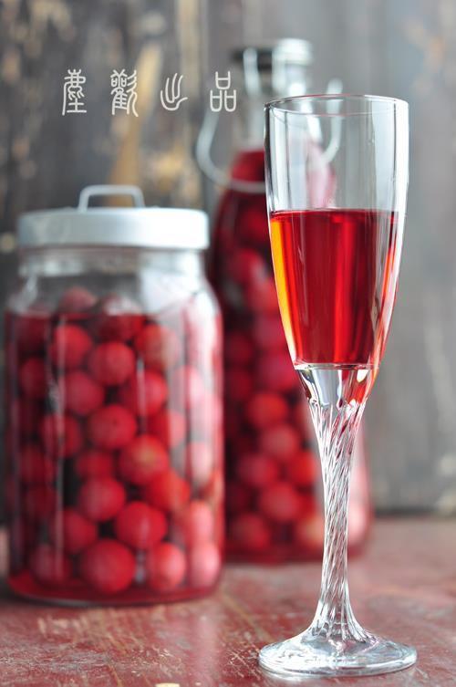 酒杯里那一抹自然天成的色彩