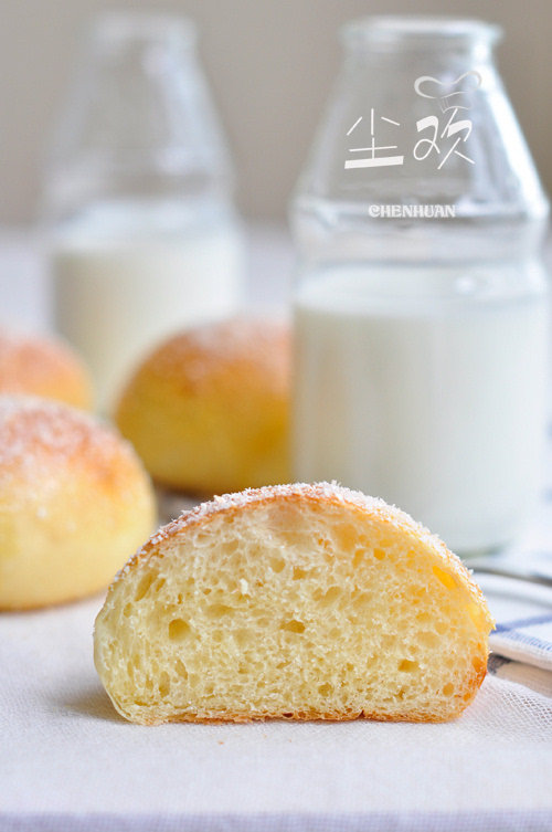 牛奶椰蓉餐包