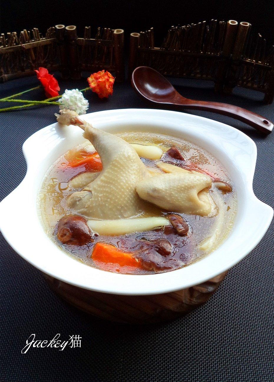 【贴秋膘】秋季润燥汤水最好—-姬松茸鸡汤