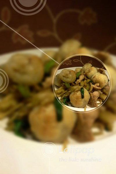 幸福料理]创新烹饪-炸汤圆炒榨菜肉丝&茄丁芋头糕