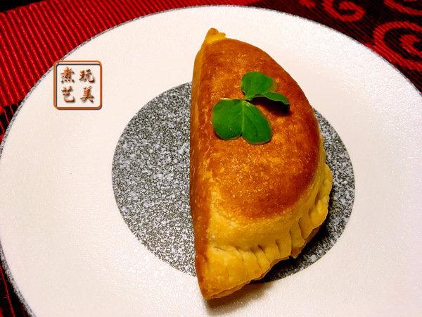 油条粉可以不务正业,做成韭菜盒子,膨松酥脆,二个都吃不够