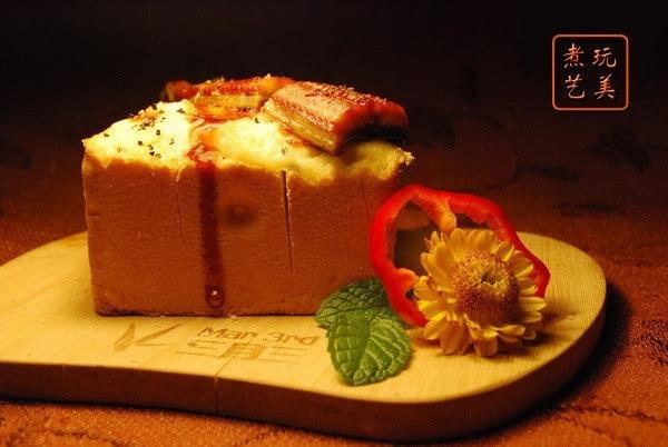 烤鳗焗土豆泥厚片吐司
