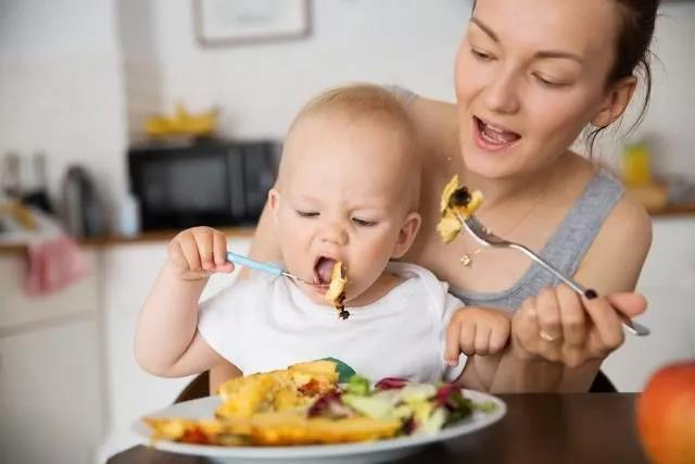 简单一锅饭,全家人都能吃!这道宝宝烩饭也太好吃了吧!