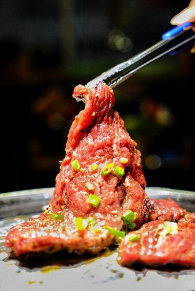 霸道肉大块, 气势汹汹的东北-牛味道烤肉