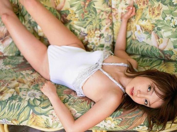 撞脸赵薇的日本当红写真女星石坂千寻作品