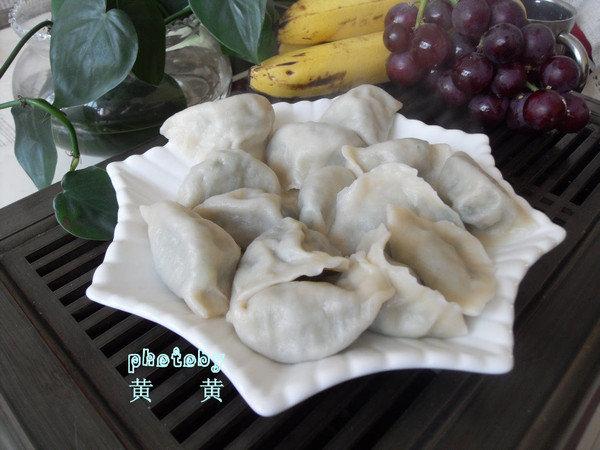 【家常好吃的猪肉木耳饺子】(怎样做出酸辣鲜美的饺子蘸汁)