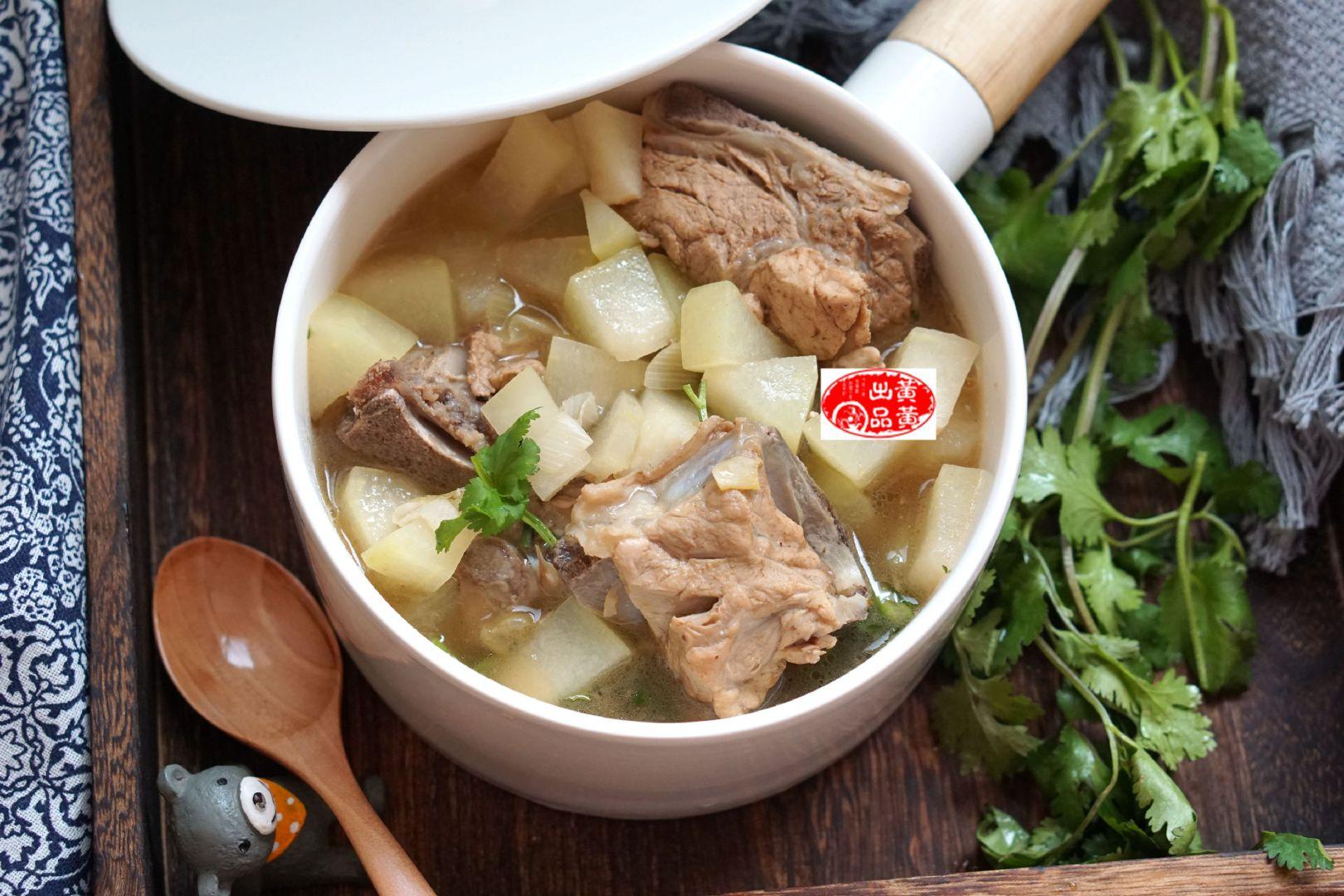 它比排骨便宜,营养却很高,这个汤,清热又补钙,给孩子喝好