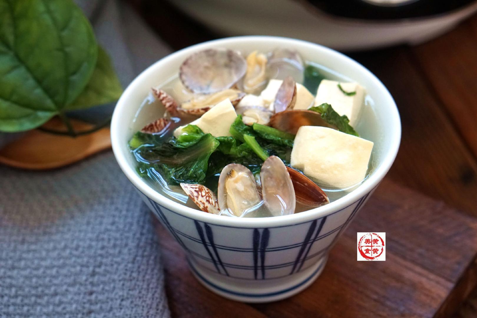 小暑至,多喝汤,清清爽爽,只长壮不长胖,比吃鱼鲜,比吃肉香